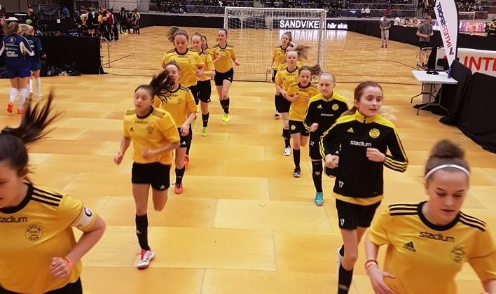 Futsal DM för Dam & Herr lottade